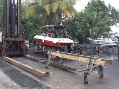 power/fishing boat