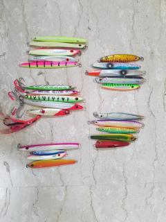 Selling mix jig and lures.