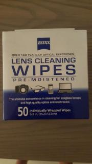 Pre moistened lens wipes by Zeiss