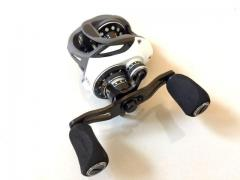 Brand new baitcasting reel! Very smooth!
