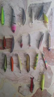 Branded lures quiting