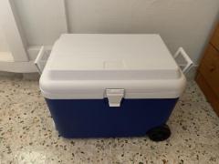 55L wheeled gint cooler box