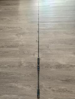 Centaur Chiron Light Jigging 6'3XXUL Pe 0.4-1.5 (Spinning)(free centaur dry-fit t shirt XL)