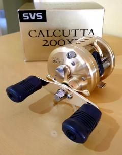 Shimano Calcutta 200XT reel.RH*NEW*