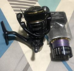 Shimano Twinpower  Model : TPXDC3000HG. Left with Spare spool ONLY.***