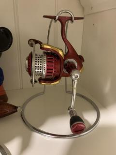 07 Certate Daiwa 2500 I'ZE Red Custom , SOM spool n handle