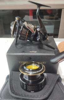 Daiwa Branzino 3000 Non Mag sealed with extra original spool