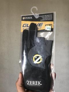 Zerek glove m size