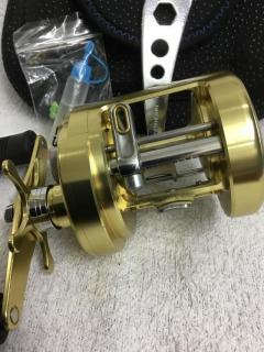 SHIMANO CALCUTTA TE 400 ;with Bag;tool&oil, Barely used,condition 9.9/10 (price revised)