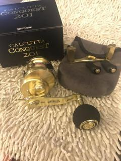 (Reserved) Shimano Calcutta conquest 201 combo jigging handle and gold knod