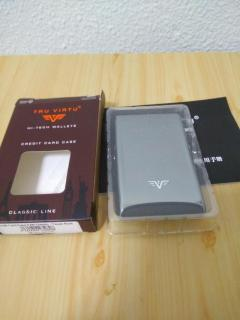 NIB Tru-Virtu anti-RFID water splash proof card wallet