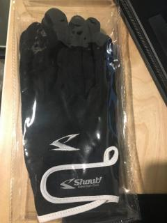 Shout jigging glove brand new